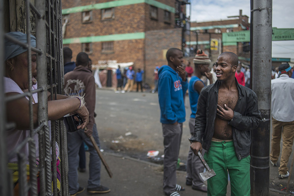 south-africa-xenophobic-attacks (3)