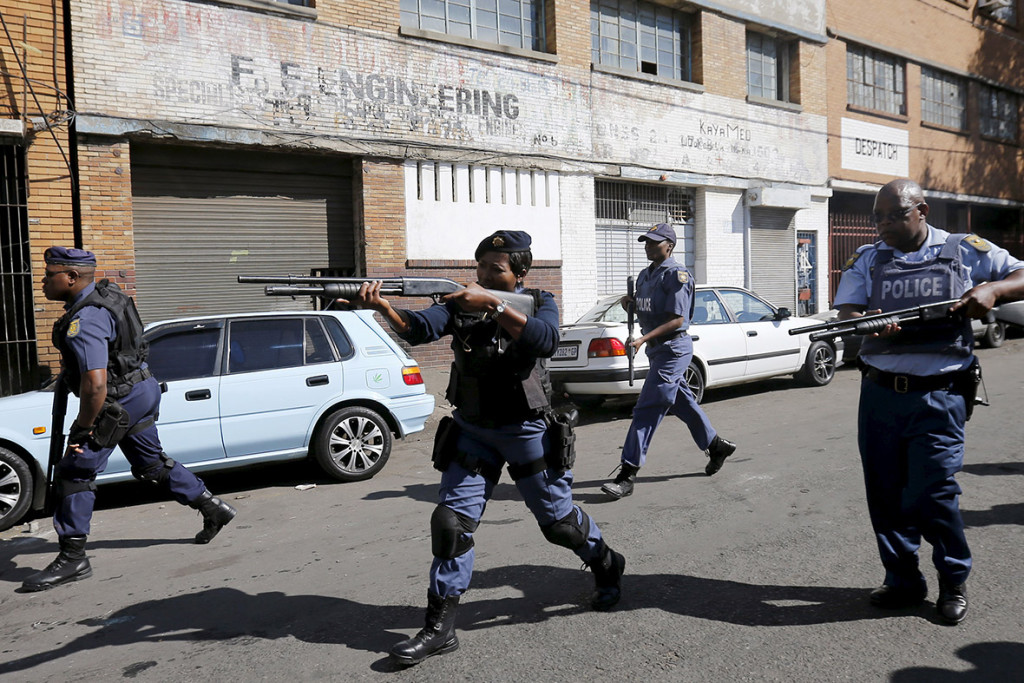 south-africa-xenophobic-attacks (4)