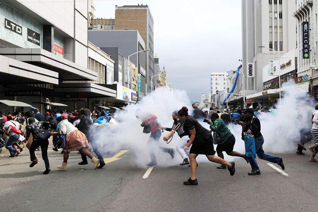 south-africa-xenophobic-attacks (7)