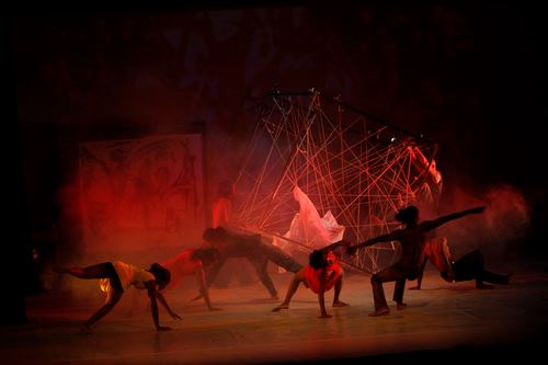 Between-the-Lines-choreographed-by-Harold-George-for-HIFA-2012_2